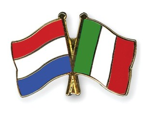 Flag-Pins-Netherlands-Italy_600x600